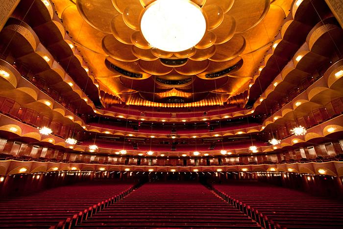 teatro musical 'Metropolitan Opera', em Nova York: interior do salão