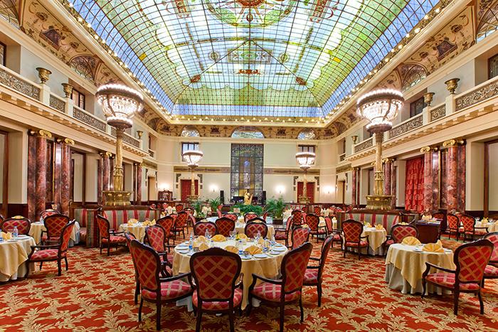 Гостиница «Метрополь» на Театральном проезде: потрясающий интерьер