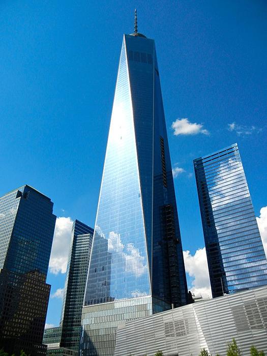 Всесвітній торговий центр 1 (Вежа Свободи) в нижньому Манхеттені