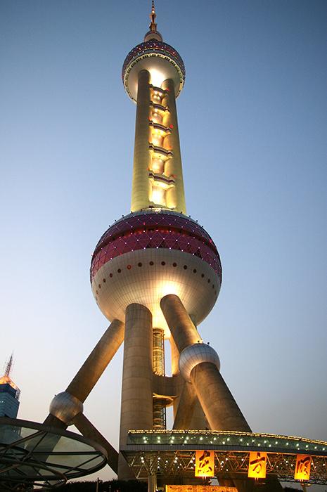 Телебашня 'Восточная жемчужина' в Шанхае