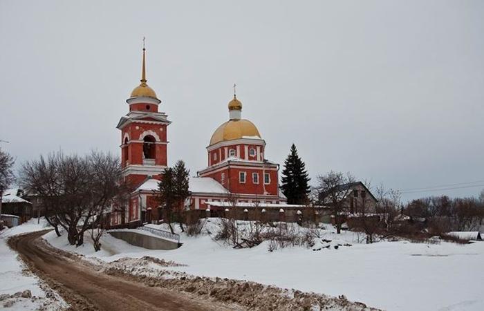 Покровская церковь: зимний кадр