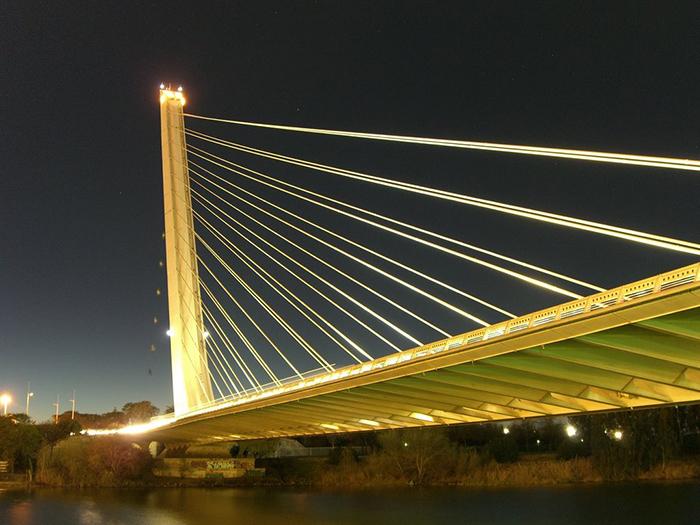 Мост 'Аламильо' в Севилье
