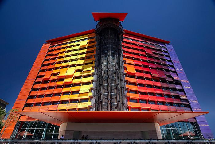 Отель Puerta America в Мадриде: главный фасад