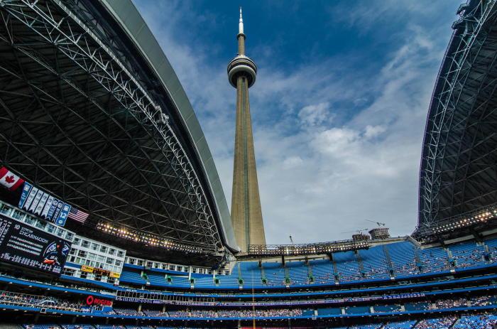 Стадион Роджерс Центр в Торонто