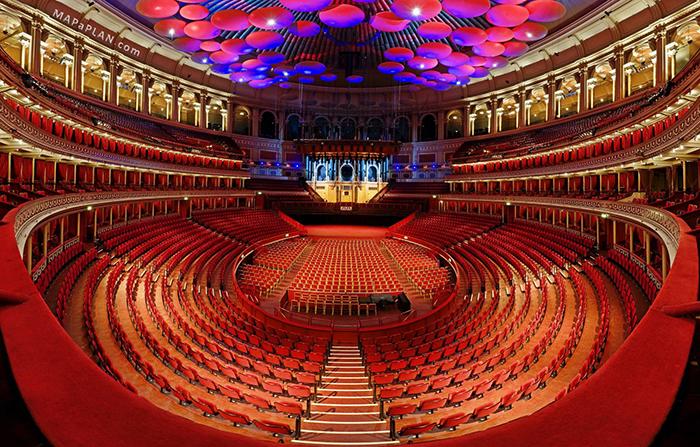 Concert Hall 'Royal Albert Hall, em Londres: o interior do salão