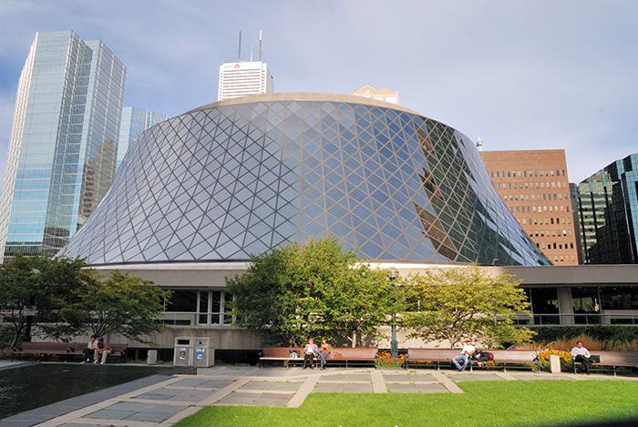 "Concert Hall ""Roy Thomson Hall"" em Toronto, Canadá"