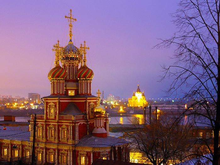 Рождественская церковь на закате