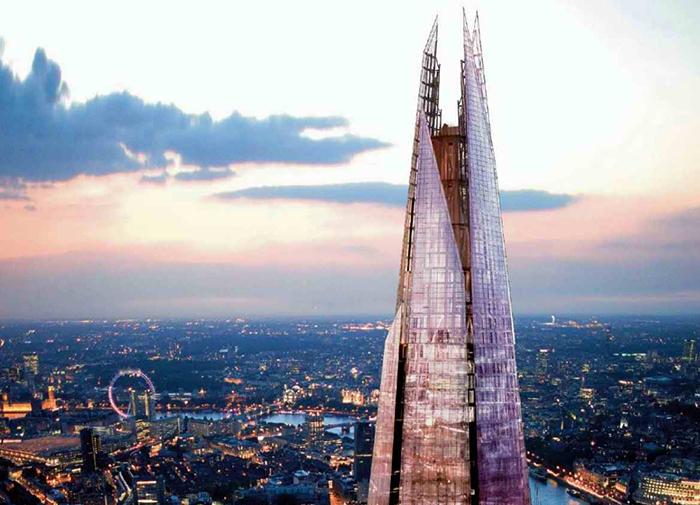 Небоскреб «Шард» на фоне панорамы Лондона