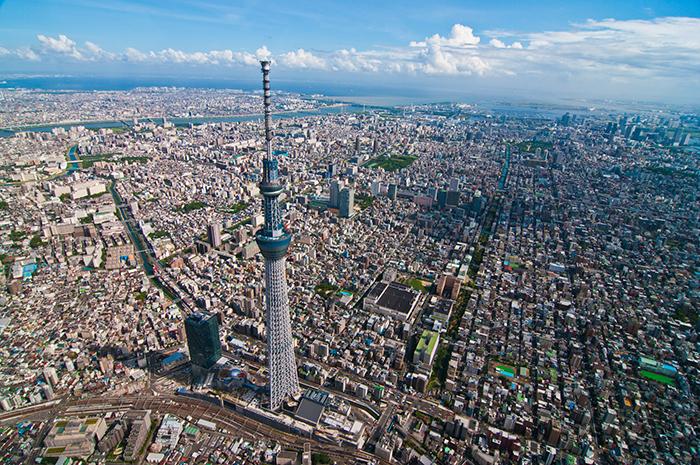 Небоскреб Sky Tree на фоне Токио