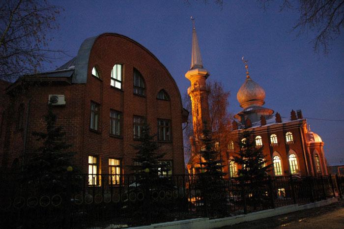 Нижегородская Соборная мечеть: ночной кадр