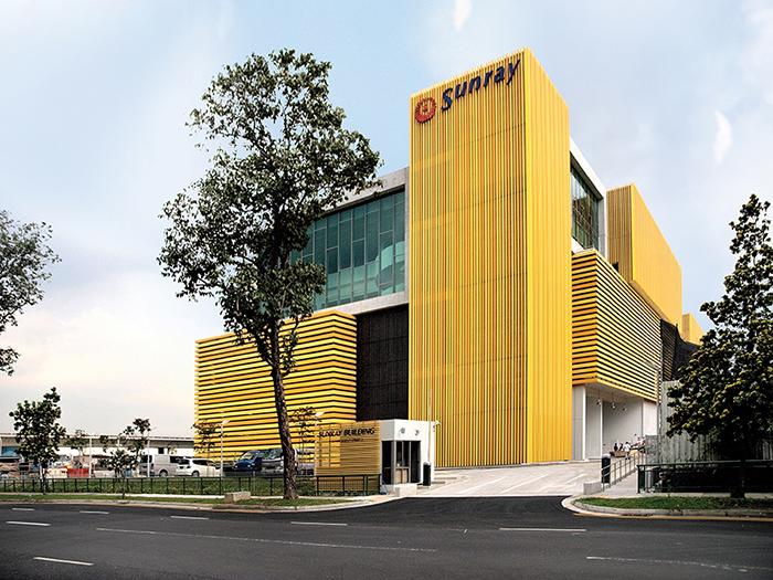 Штаб-квартира компании-производителя древесных строительных материалов «Санрэй»