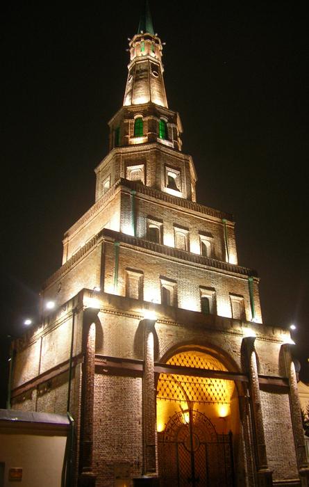 Башня Сююмбике: ночной кадр