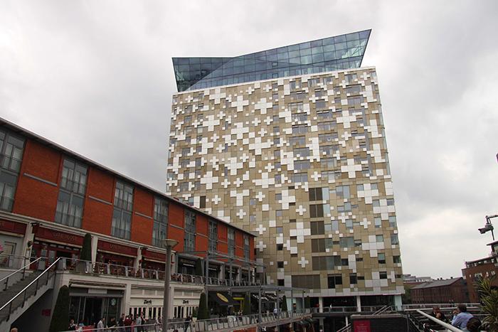 Многофункциональный комплекс «Куб» в Бирмингеме