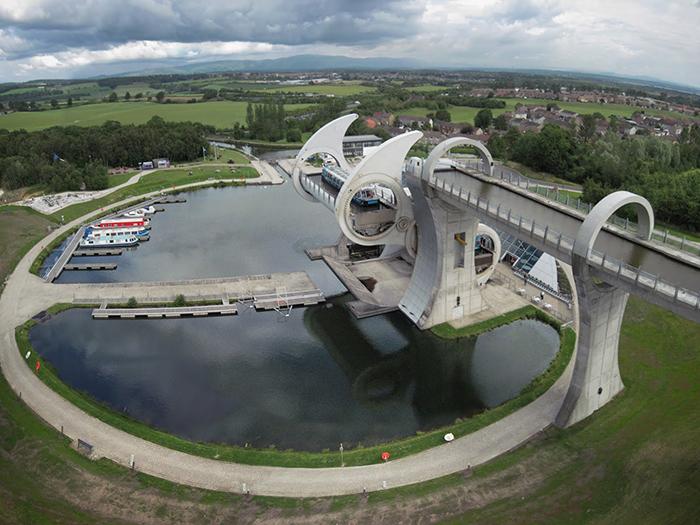 Мост-судоподъемник 'Фолкеркское колесо' в Фолкерке с высоты птичьего полета