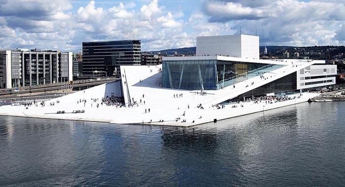 A Opera House em Oslo, Noruega