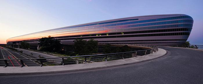 Офисное здание The Squaire во Франкфурте-на-Майне