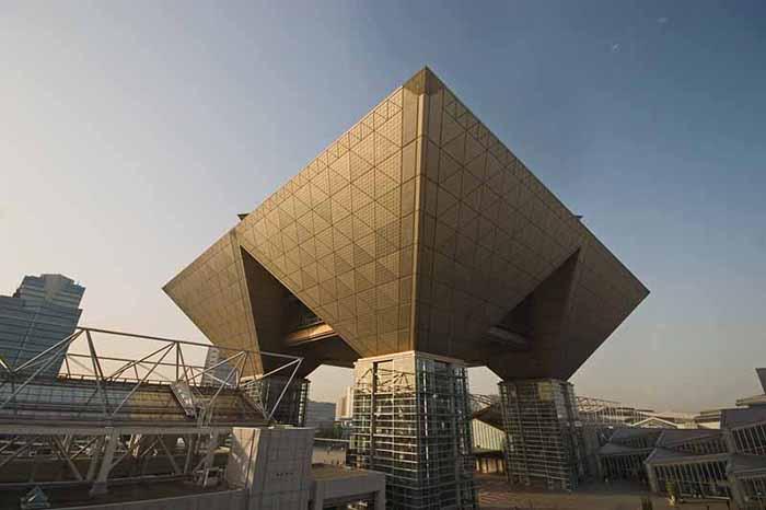 Международный Выставочный Центр в Токио, Япония