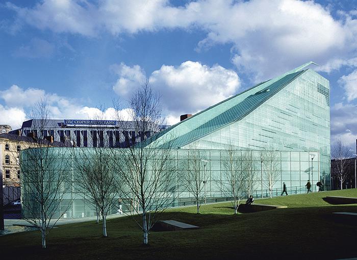 Музей «Урбис» в Манчестере
