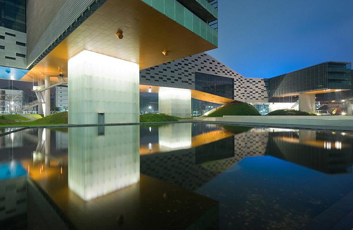 Центр Ванке в Шэньчжэне: ночной кадр
