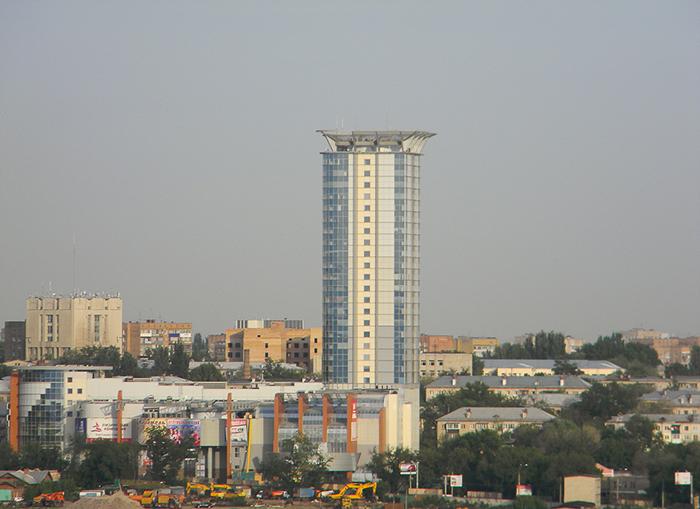 Торгово-офисный центр «Вертикаль» с высоты птичьего полета