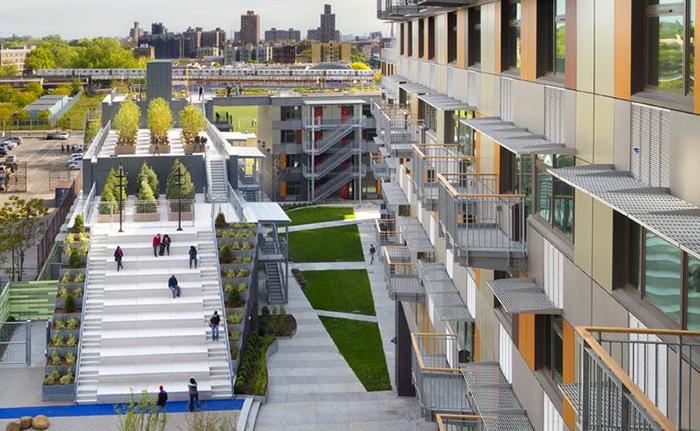 Рекреационная зона одного из самых 'зеленых' жилых комплексов в мире