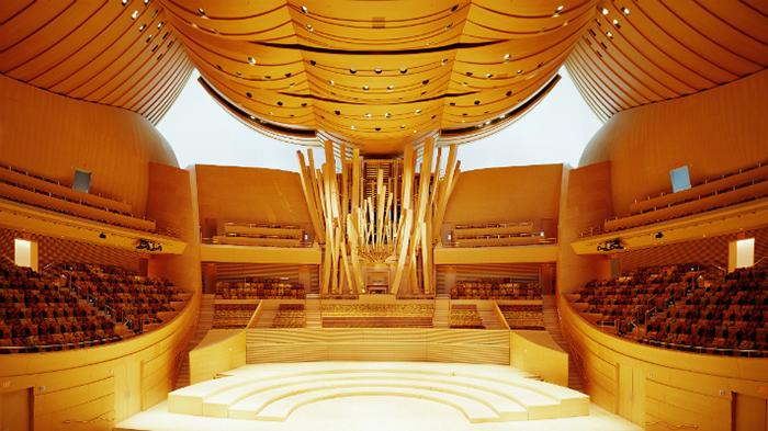 Интерьер концертного зала
