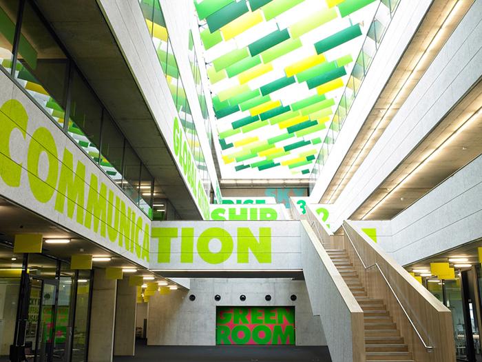 Вестминстерская академия в Лондоне: интерьер помещения