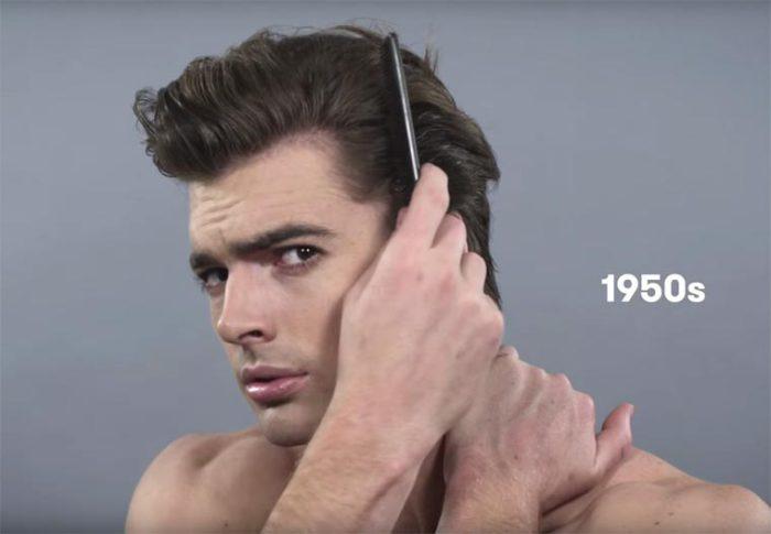 В середине двадцатого века популярной была прическа Элвиса Пресли с бакенбардами и волосами, зачесанными назад.