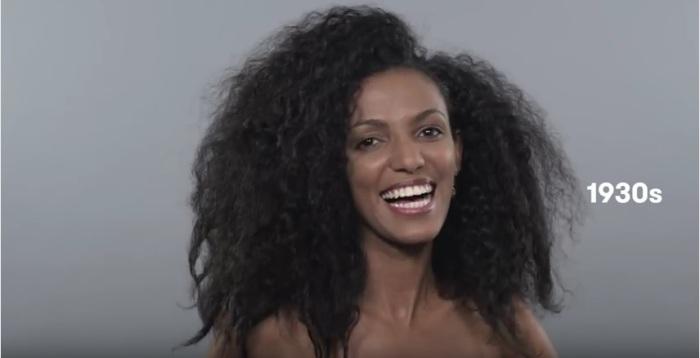 В тридцатые годы прошлого столетия кудрявые эфиопские девушки носили длинные распущенные волосы. Эти прически выглядели очень пышно и объемно.