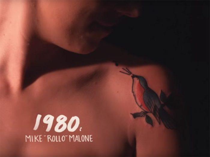 В восьмидесятые годы прошлого столетия тату-мастер Mike «Rollo» Malone (Майк «Ролло» Малон) создал замечательную разноцветную татуировку в виде птички.