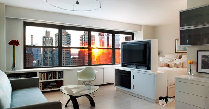 Как из маленькой студии сделать полноценную и функциональную квартиру.