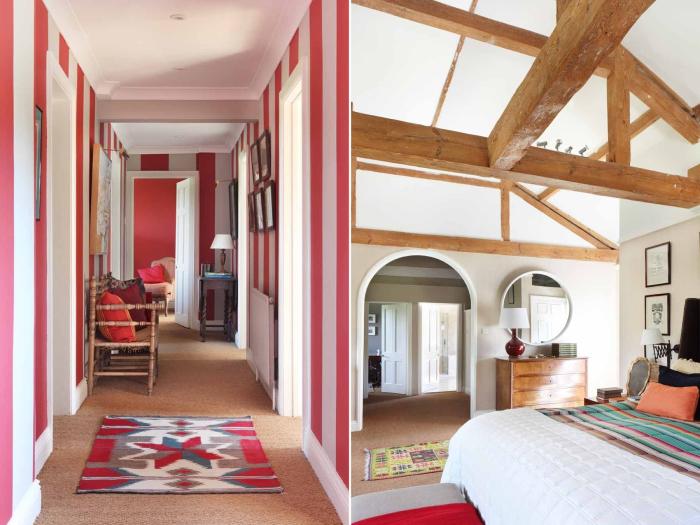 Дом в помещении конюшни, которая была сооружена в графстве Дорсет (Великобритания) в восемнадцатом веке.