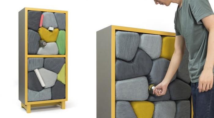 Шкафы с каменными полками.