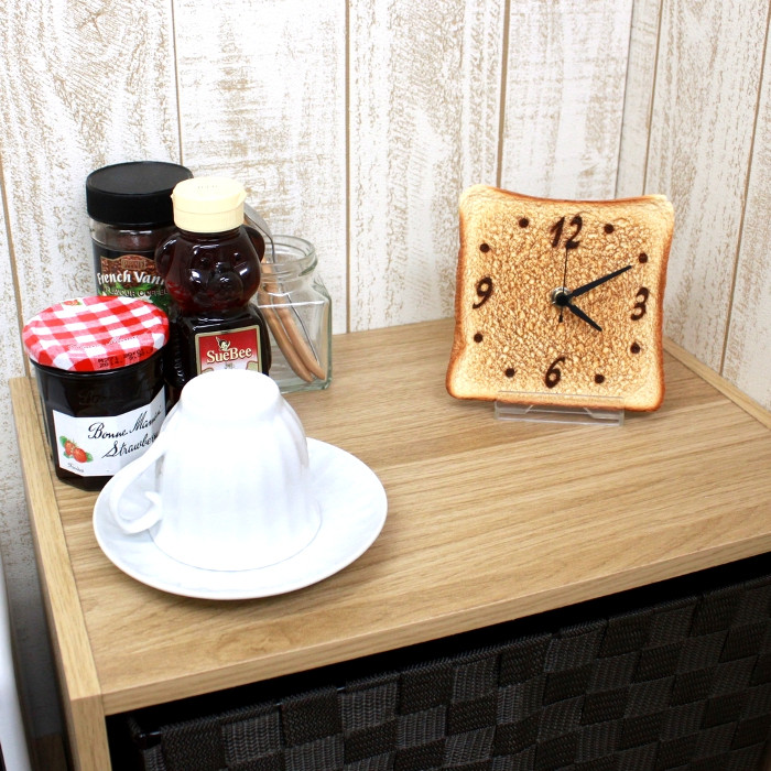 Аппетитные кухонные часы в форме хлебного тоста.
