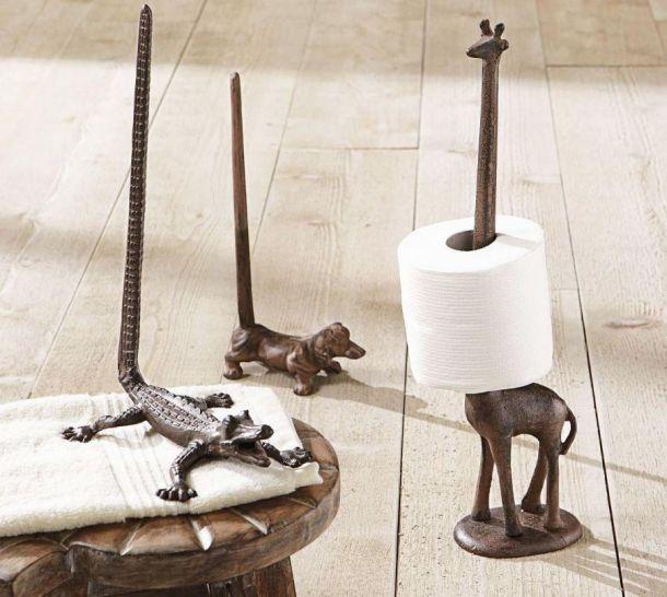 Животные с различными вытянутыми частями тела станут отличными держателями для рулонов туалетной бумаги.