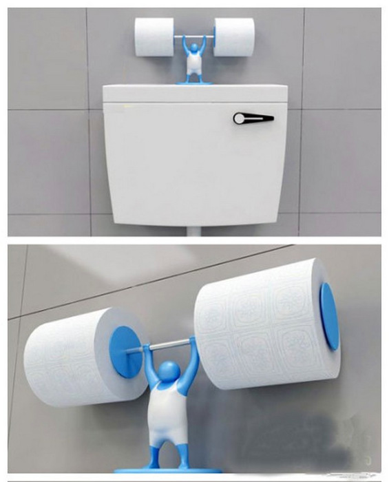 Держатель сразу для двух рулонов туалетной бумаги будет отлично смотреться, если поставить его на бачок унитаза.