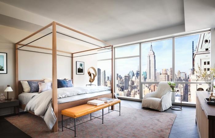 Спальня Жизель Бундхен (Gisele Bundchen) и Тома Брэди (Tom Brady) в доме на Манхэттене.