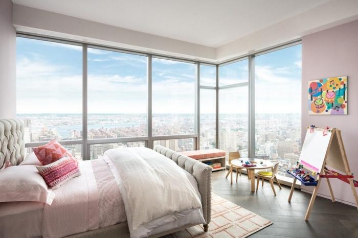 Детская на сорок седьмом этаже небоскреба в Нью-Йорке.