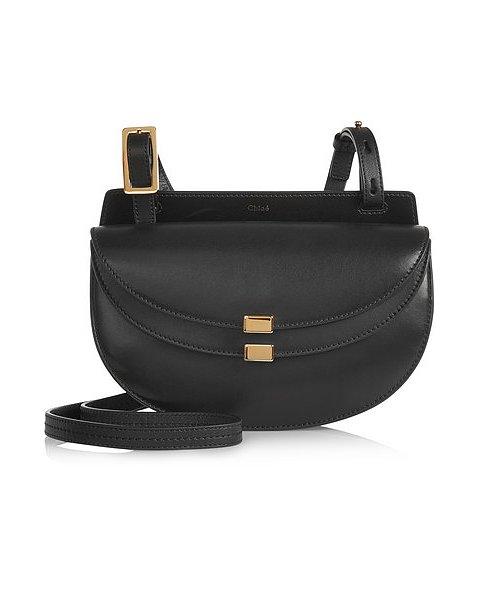 Черная сумка для Козерогов от французского бренда «Chloe», стоимость - одна тысяча долларов.