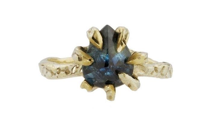 Lauren Wolf Blue Sapphire Ring, вставка - сапфир, цена - 1,100 долларов.