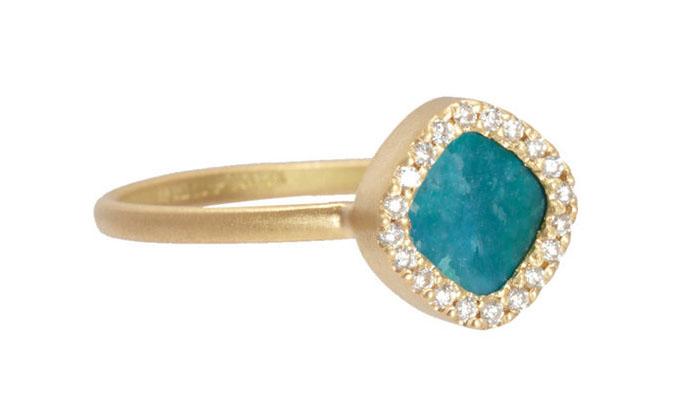 Monique Pуan Opalina and Diamond Ring, вставки - голубой опал, бриллианты, цена - 2,330 долларов.