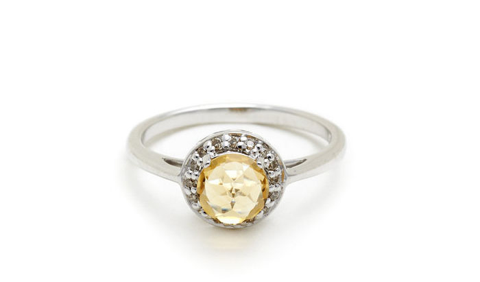 Anna Sheffield Citrine and Champagne Diamond Rosette Ring, вставки - бриллианты, цитрин, цена - 725 долларов.