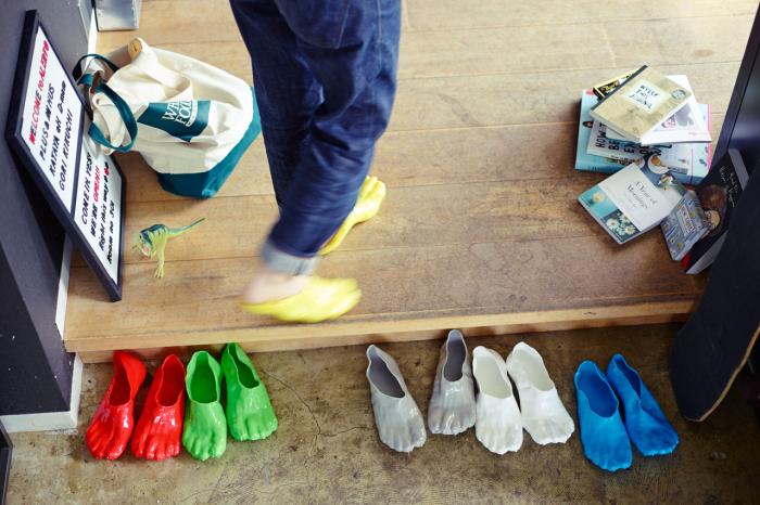 Обувь Фондю принимает форму стопы и не доставляет никаких неудобств