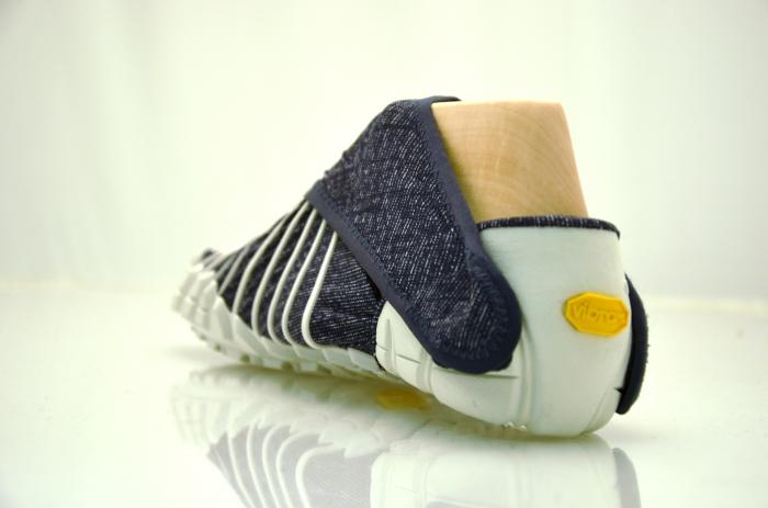 Кроссовки, размер которых можно регулировать самостоятельно, от японского дизайнера Masaya Hashimoto (Масая Хашимото).