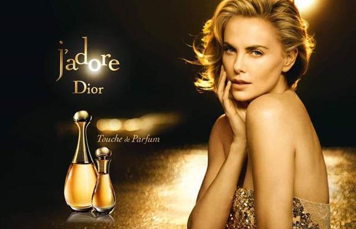 «Touche de Parfum» - новый древесно-мускусный аромат от J'adore.
