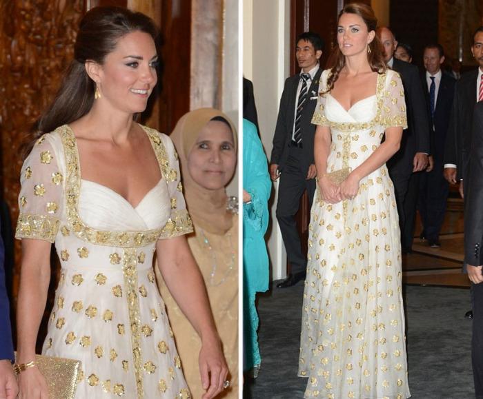 Кейт Миддлтон в платье от британского дизайнерского дома «Alexander McQueen» на официальном ужине у главы Малайзии.