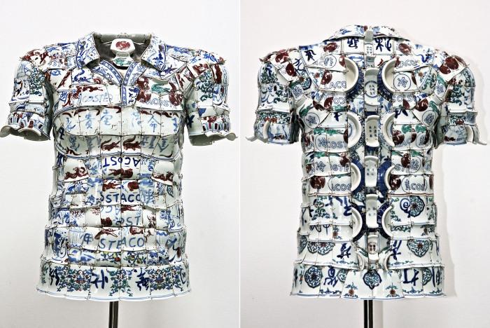 Ли Сяофенг (Li Xiaofeng) - пекинский дизайнер, создающий необычную одежду из осколков китайского императорского фарфора.