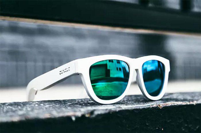 Солнцезащитные очки «Zungle» - стильный аксессуар, выполняющий функцию беспроводного плеера.