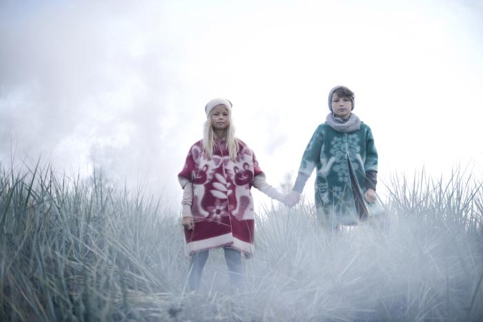 Теплые и уютные пальто из шерстяных советских одеял от эстонского дизайнера Marit Ilison (Марит Илисон).