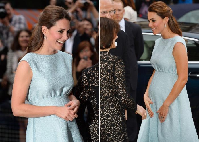 Кейт Миддлтон в светло-голубом платье Emilia Wickstead.